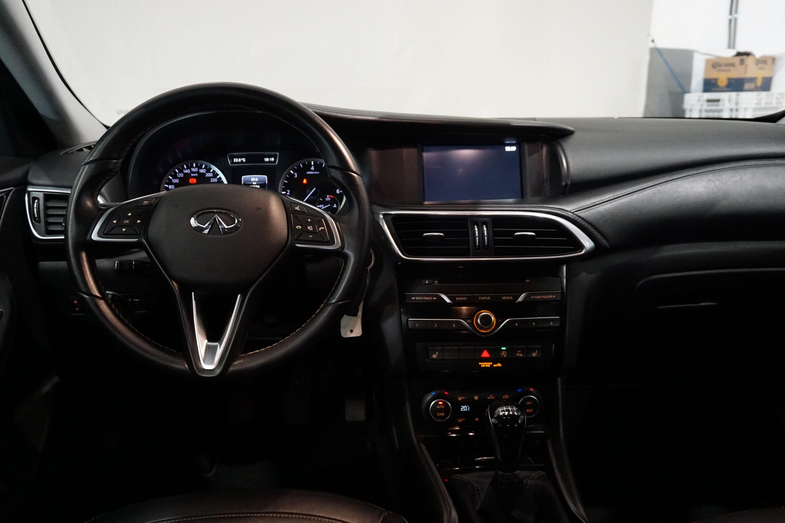 Infiniti Q30 1.5D 110CV PremiumTech