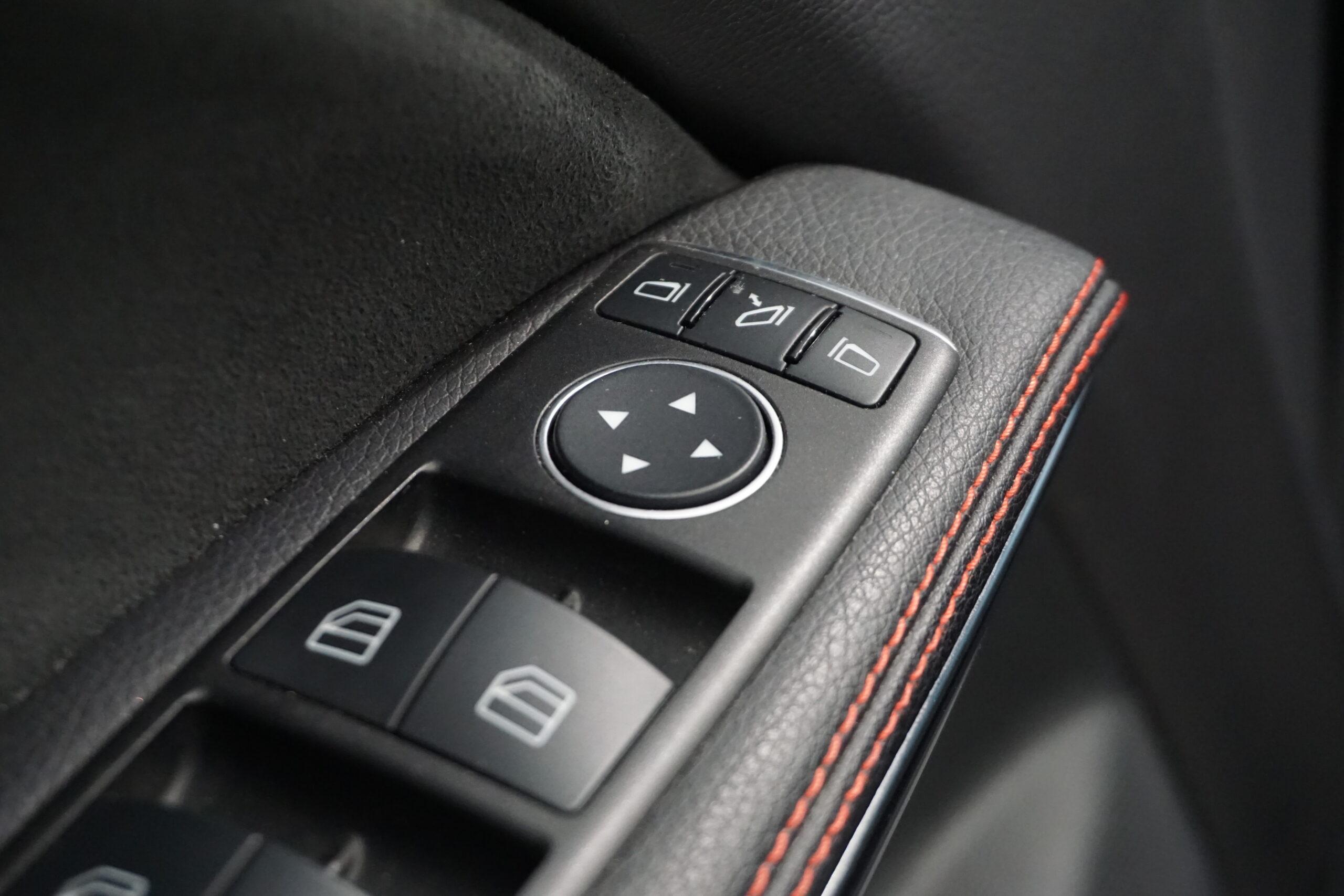 Mercedes-Benz CLA180 Shooting Brake 1.6T 122CV