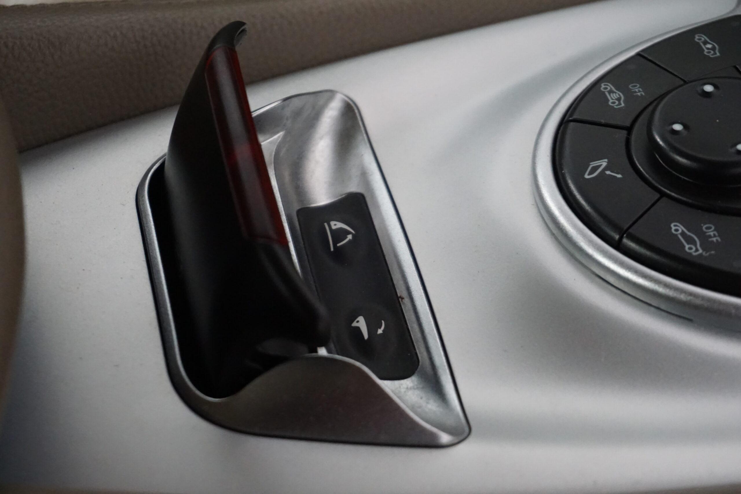 Mercedes SL500 5.0 V8 306CV