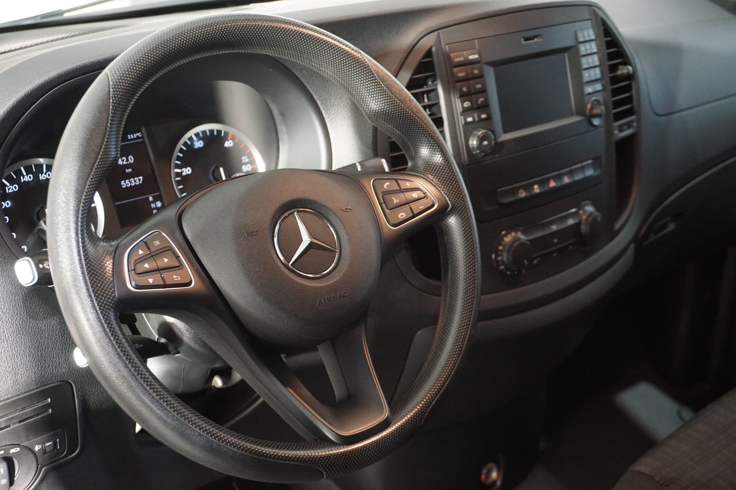 Mercedes-Benz Vito Tourer 114CDI Pro 2.2D 136CV